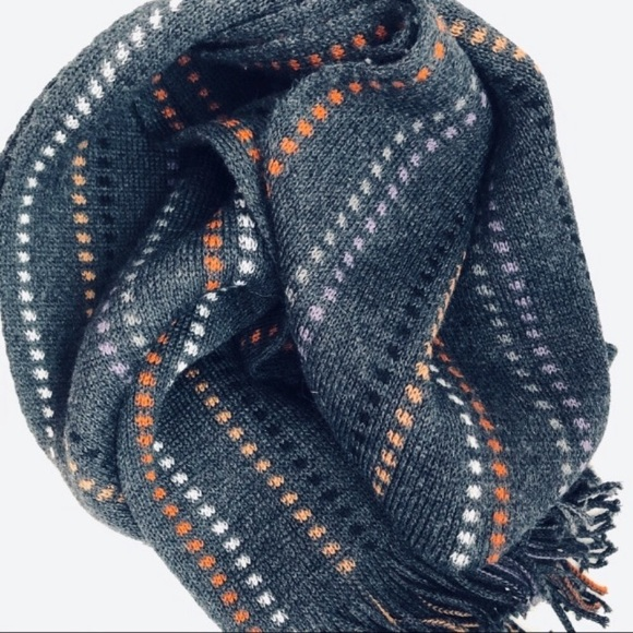 100% Wool Scarf New Without Tag